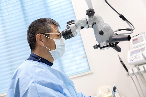 マイクロスコープによる精密な根管治療